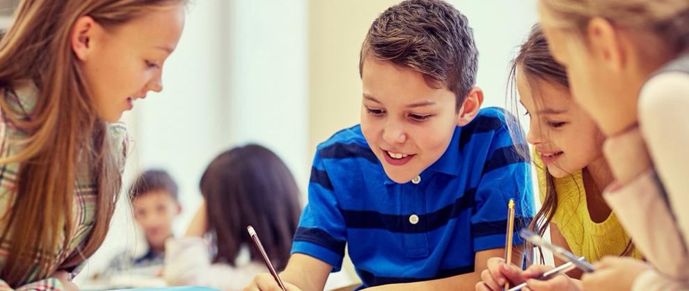 Como trabalhar a igualdade de gênero com os alunos na escola?