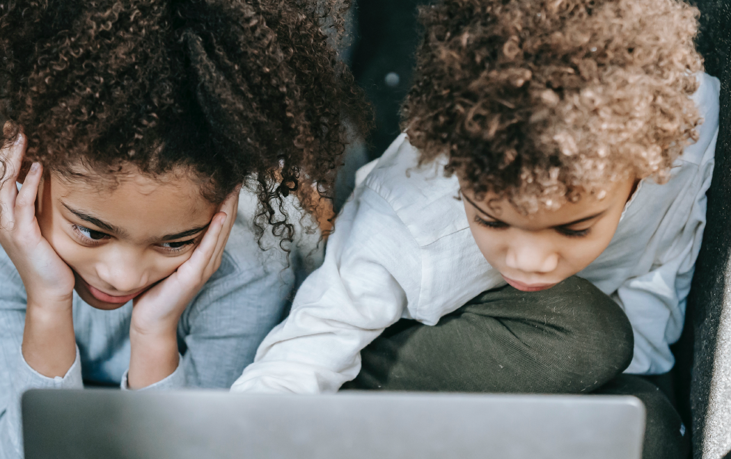 O que é e como lidar com o bullying, o cyberbullyng e o assédio (moral) virtual?