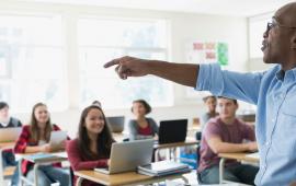 Abertas as inscrições para a formação de educadores em tecnologias educacionais e ensino de línguas